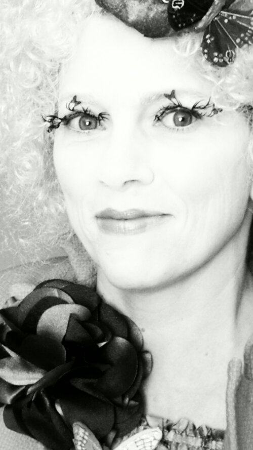 Effie Trinket Deer and Butterfly Lashes