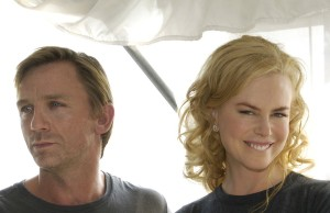 WASHINGTON D.C. - SEPTEMBER 22: (L-R) Actors Daniel Craig, Nicole Kidman and Jeremy Northam pose for photographers during a press conference atop the Hay-Adams Hotel September 23, 2005 in Washington, DC to promote the film
